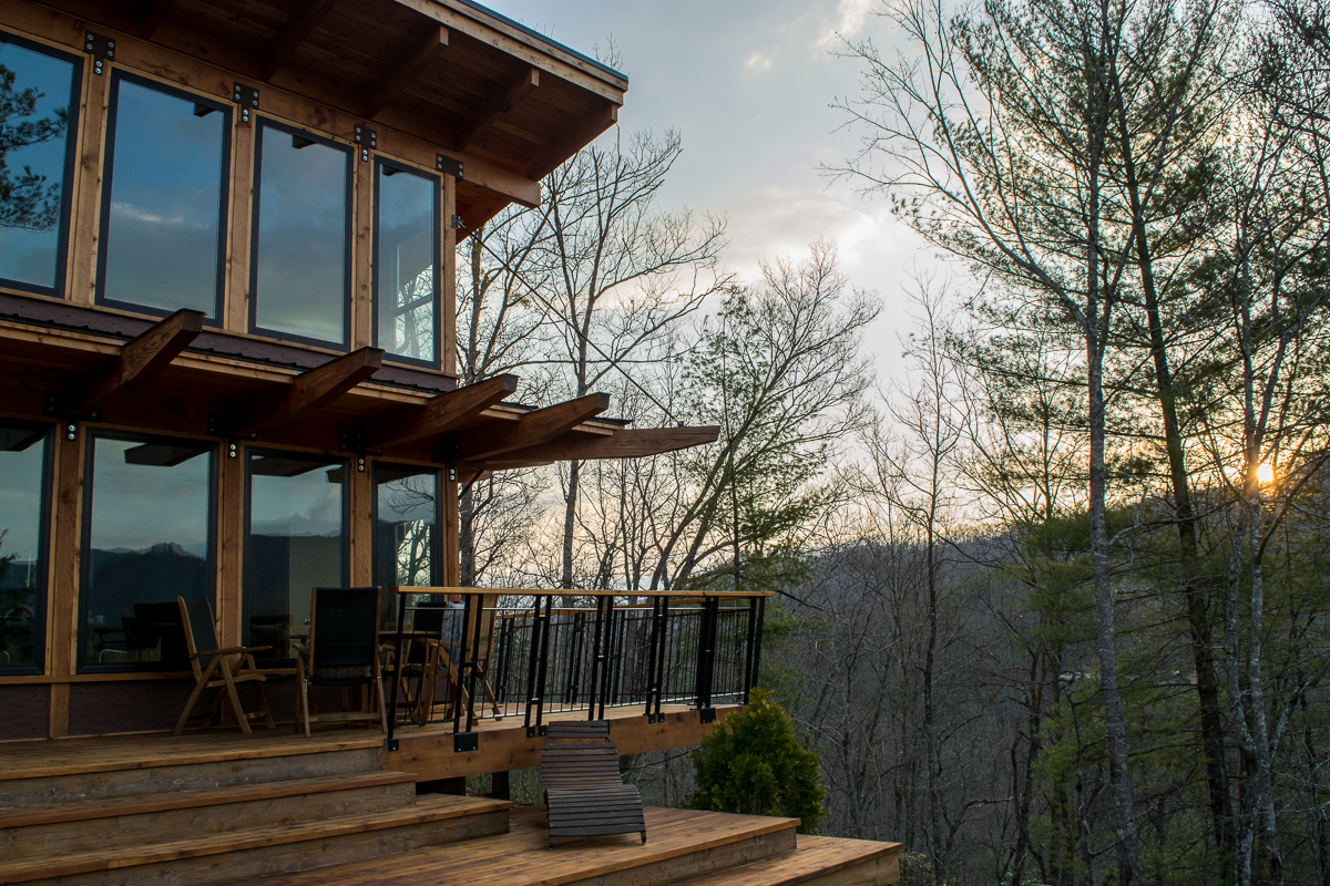 Mornings at the Stecoah House. | Luxury Cabin Rental in North Carolina.