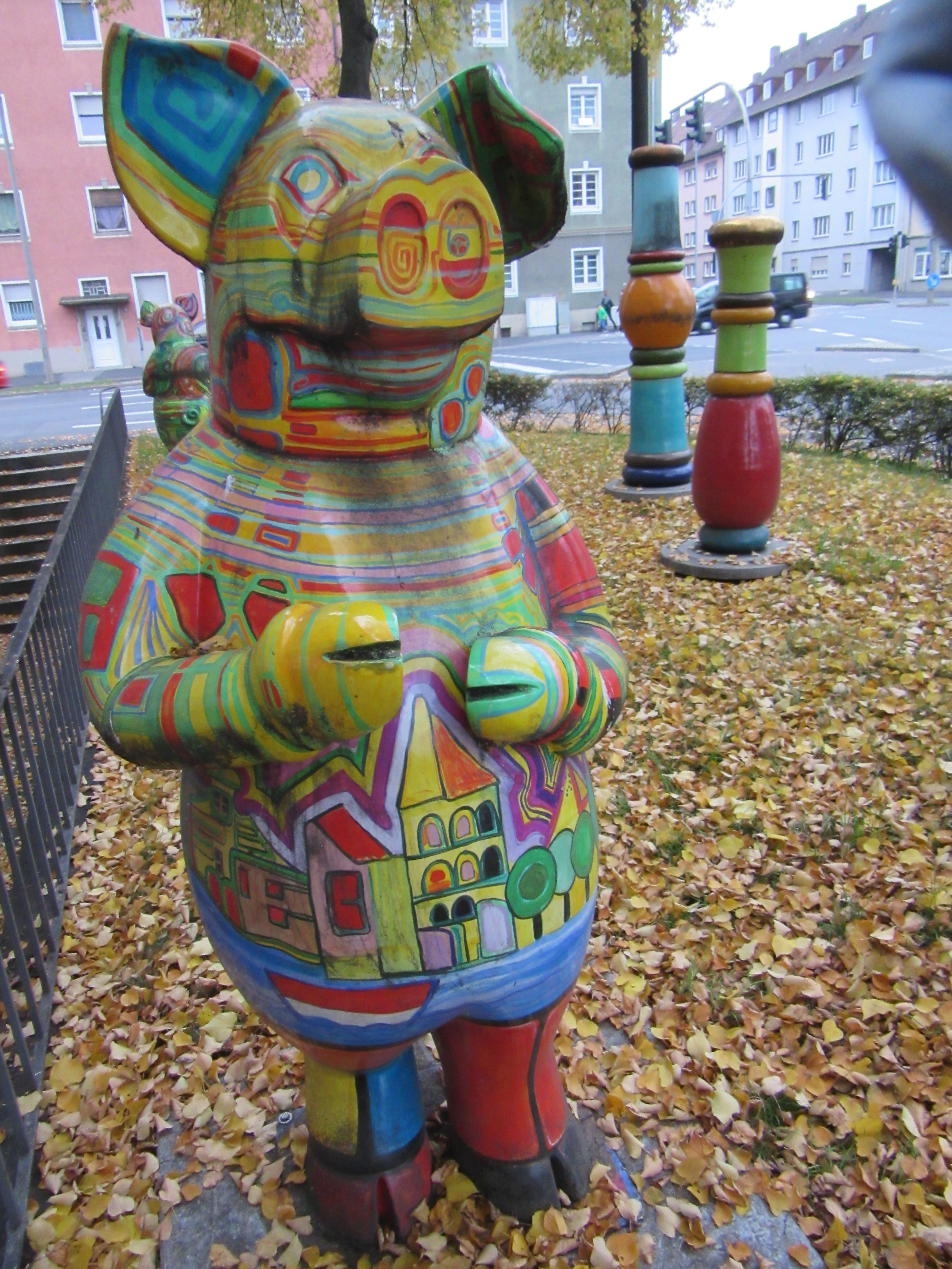 Another colorful Schweinfurt pig.