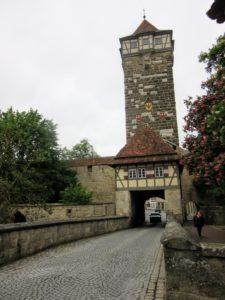 Rödertor (Röder Gate). | Walking Along the Wall of Rothenburg ob der Tauber.