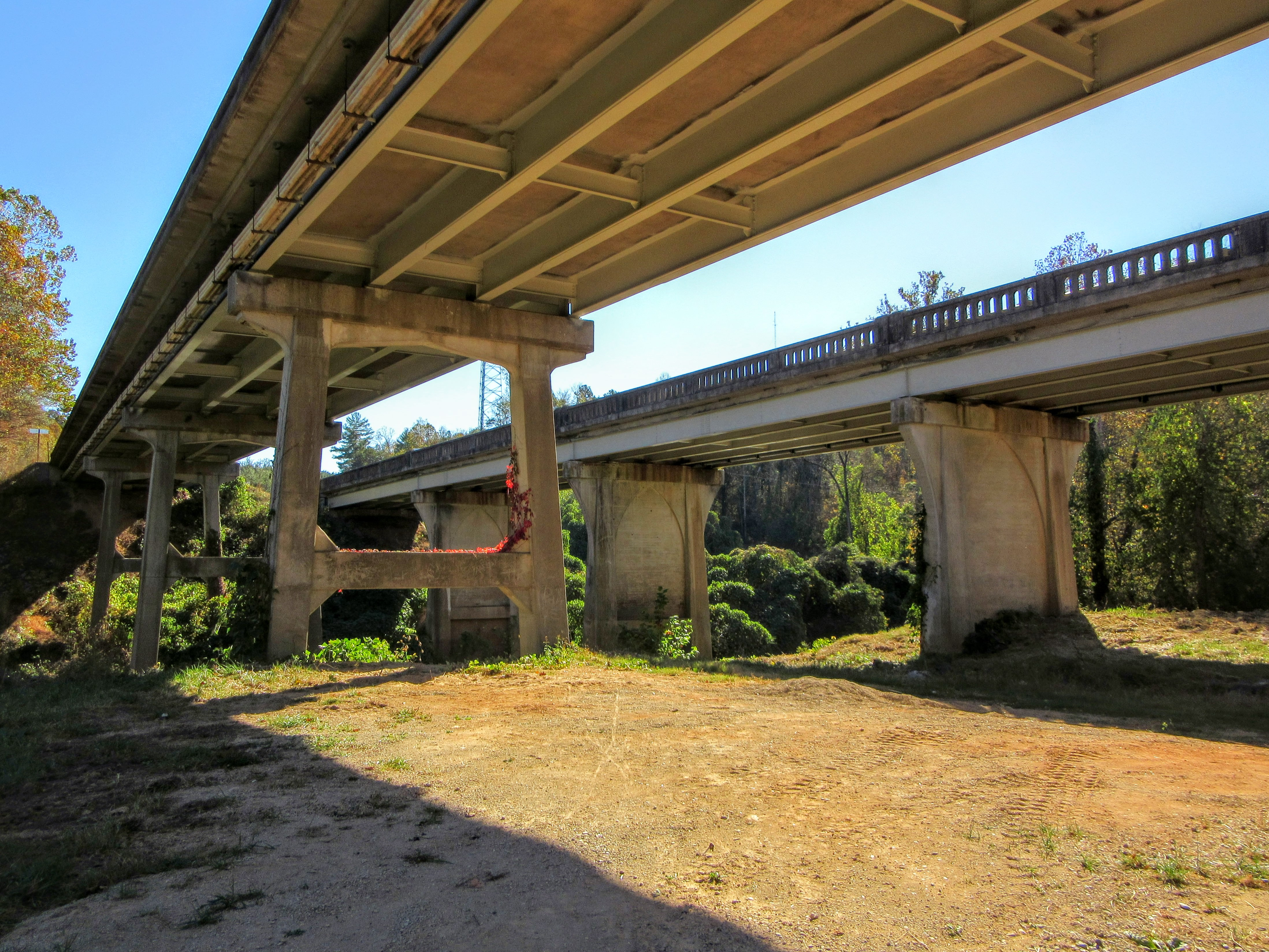 Underneath the bridges. | Hiking in Shelby, North Carolina: the First Broad River Trail.