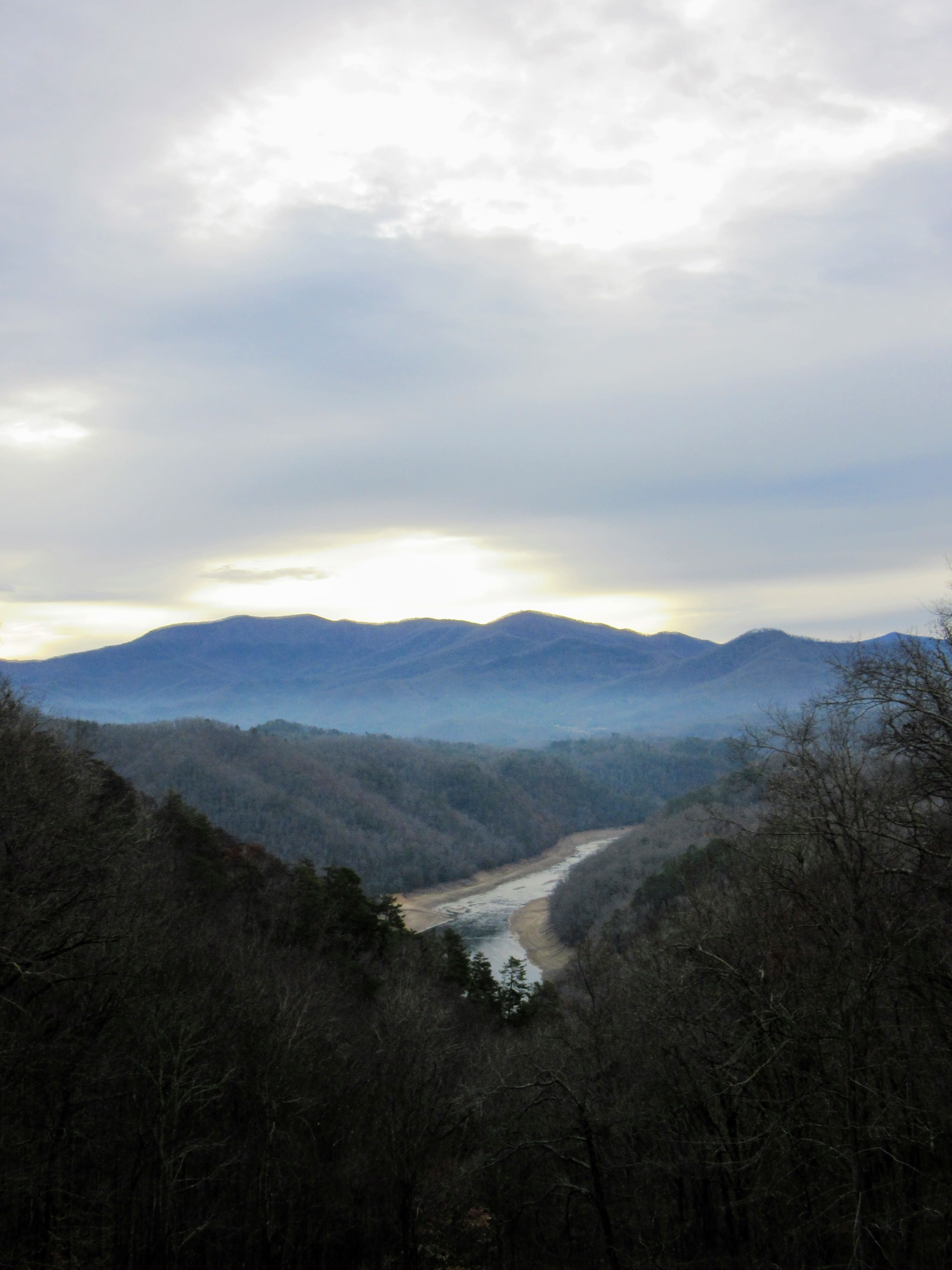 Fontana Lake Scenic Overlook. | My Meena Life